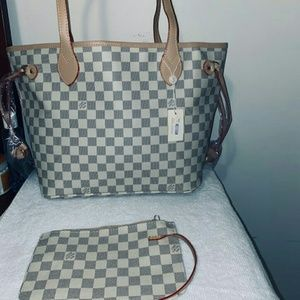 Neverfull size MM Louis Vuitton